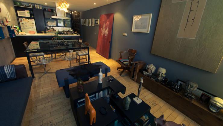CACAHUAMILPA: Salas de estilo moderno por TALLER R
