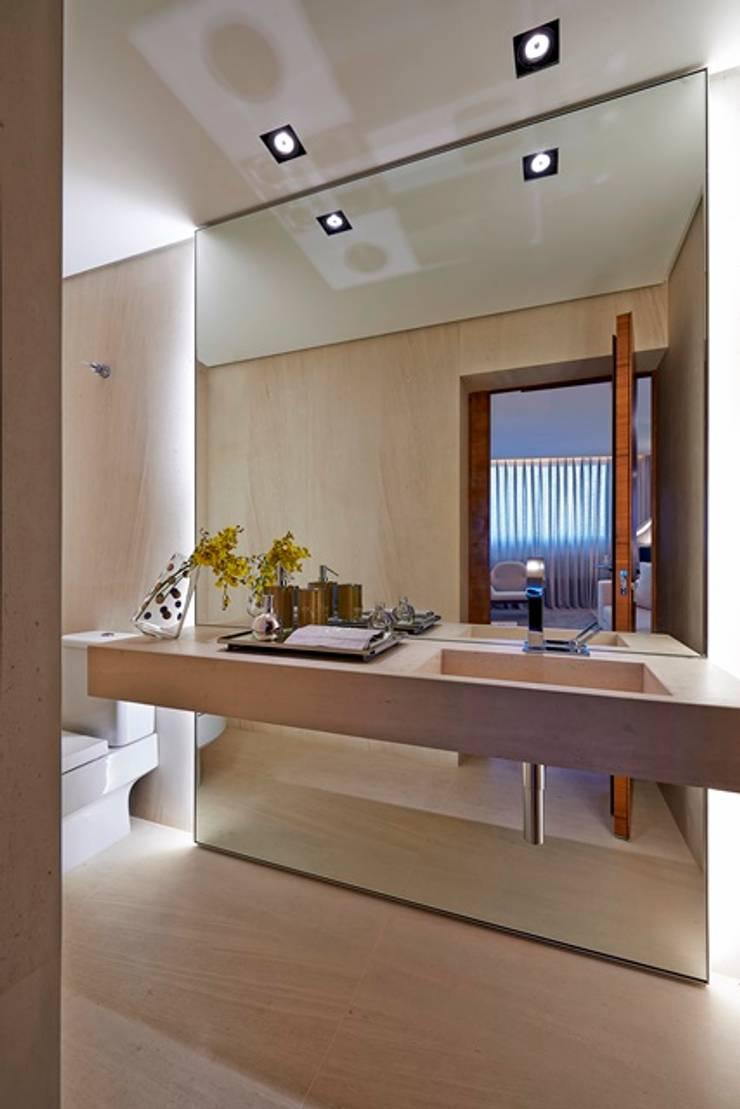 Lavabo: Banheiros  por Alessandra Contigli Arquitetura e Interiores,Moderno