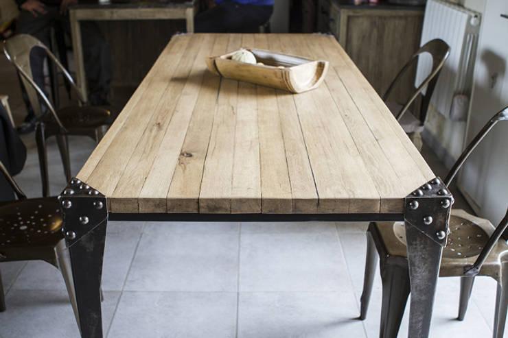 """Table """"Hit"""": Salle à manger de style  par fe26"""