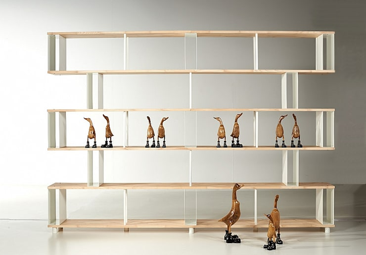 Libreria componibile Skaffa wood : Soggiorno in stile  di Piarotto.com -  Mobilie snc