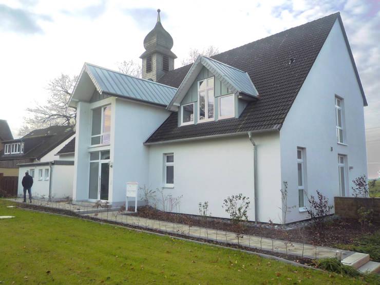 Hauseingang: ausgefallene Häuser von Gronemeyer architekten