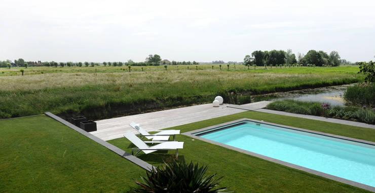 Projekty,  Ogród zaprojektowane przez Andrew van Egmond (ontwerp van tuin en landschap)