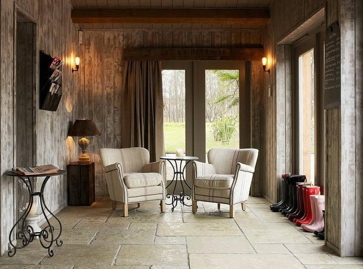 Fletcher's Cottage Sun Lounge:  Spa by Aitken Turnbull Architects