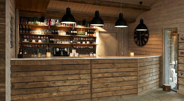 Fletcher's Cottage Bar: rustic Spa by Aitken Turnbull Architects