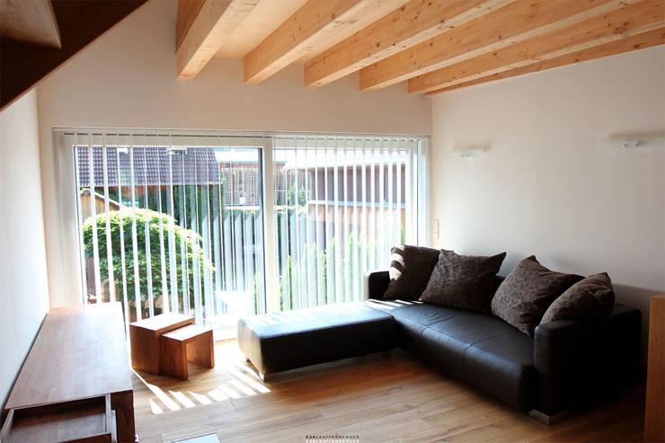 Modern living room by Karl Kaffenberger Architektur | Einrichtung Modern