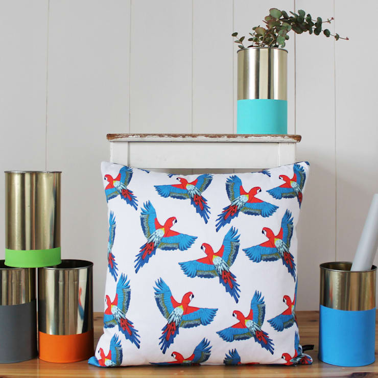 Majestic Macaw Cushion: modern Living room by martha and hepsie ltd