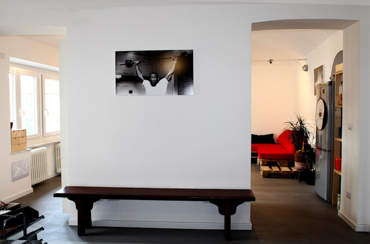 Ingresso: Ingresso & Corridoio in stile  di Aulaquattro