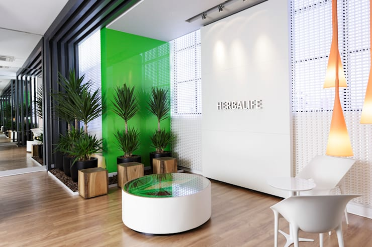 Herbalife: Escritórios  por MW Arquitetura