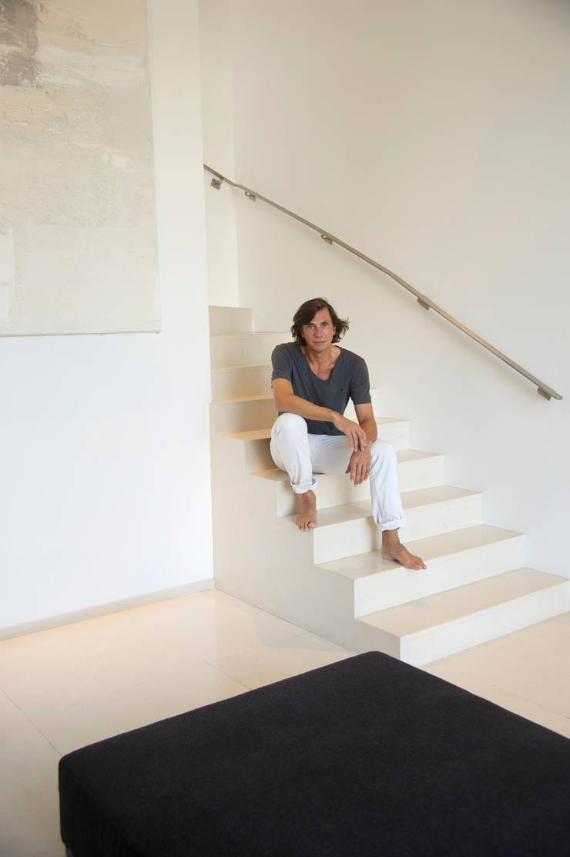 Guillaume Da Silva - architecte d'intérieur: Couloir et hall d'entrée de style  par GUILLAUME DA SILVA ARCHITECTURE INTERIEURE