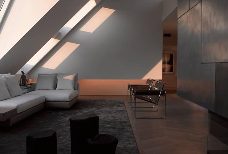 Dachgeschossausbau 2014:  Wohnzimmer von Bernd Gruber Kitzbühel