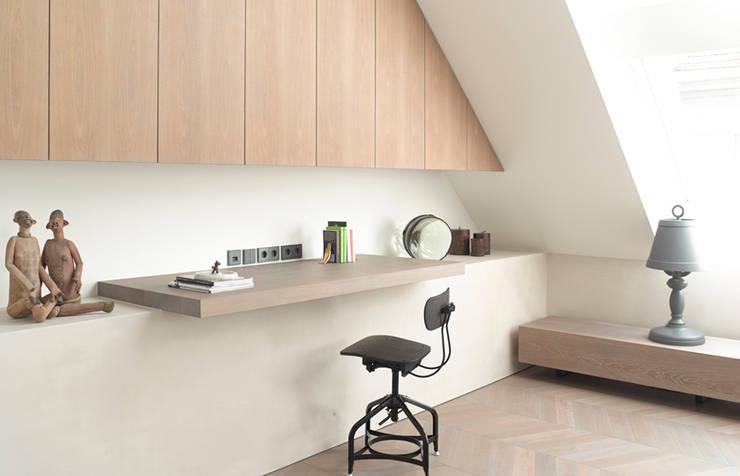 Dachgeschossausbau 2014:  Arbeitszimmer von Bernd Gruber Kitzbühel