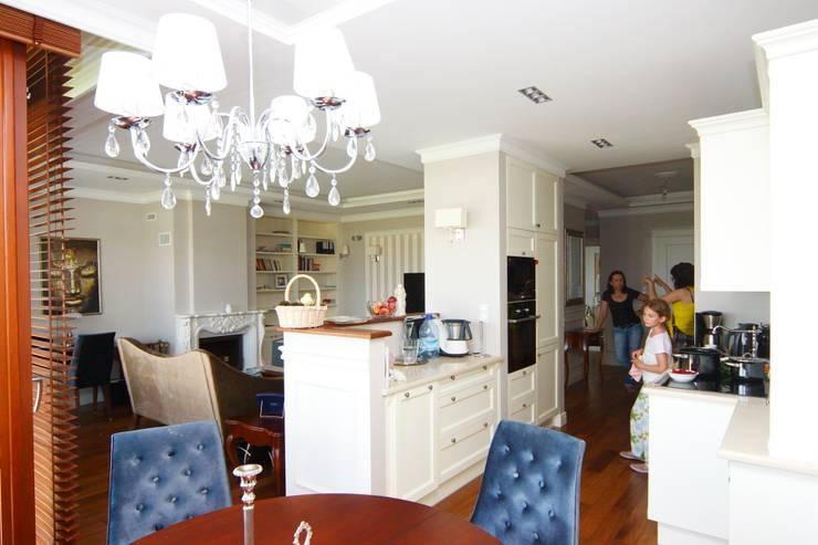 apartament Willanów: styl , w kategorii Kuchnia zaprojektowany przez livinghome wnętrza Katarzyna Sybilska