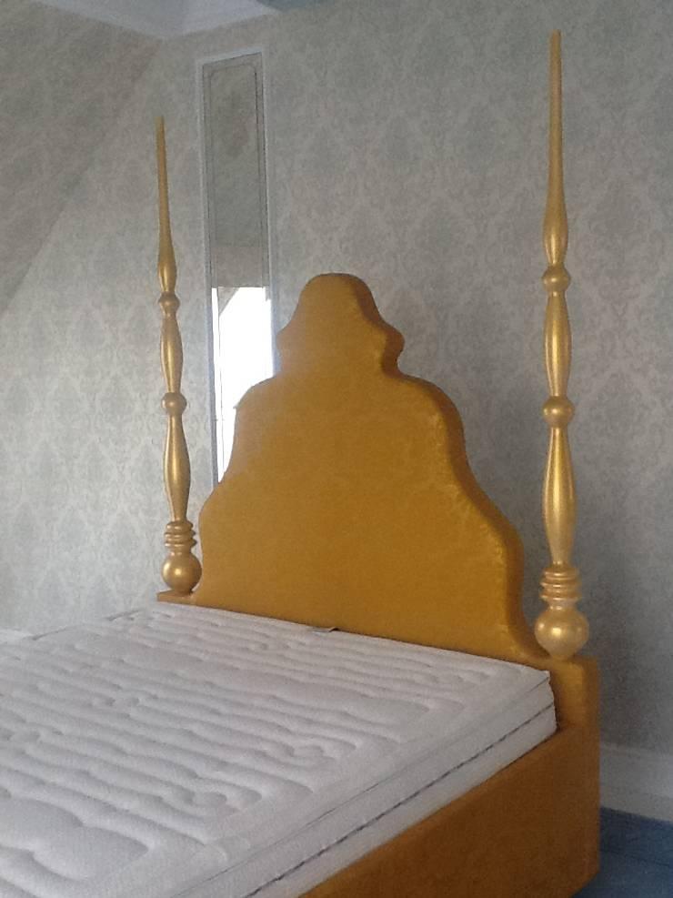 miało być królewsko ;-)… więc jest. zagłówek wykonany według mojego projektu ,tkanina to skóra tłoczona we wzory : styl , w kategorii  zaprojektowany przez livinghome wnętrza Katarzyna Sybilska,Egzotyczny