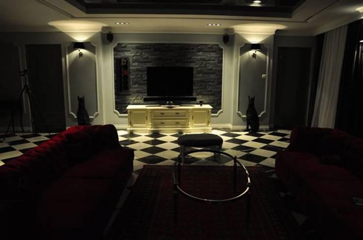 KOMFORT I ELEGANCJA KLIMAT HOTELOWY: styl , w kategorii Salon zaprojektowany przez livinghome wnętrza Katarzyna Sybilska