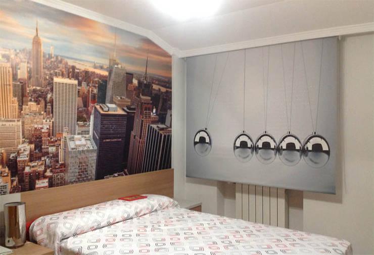EL OESTE HOGAR의  침실