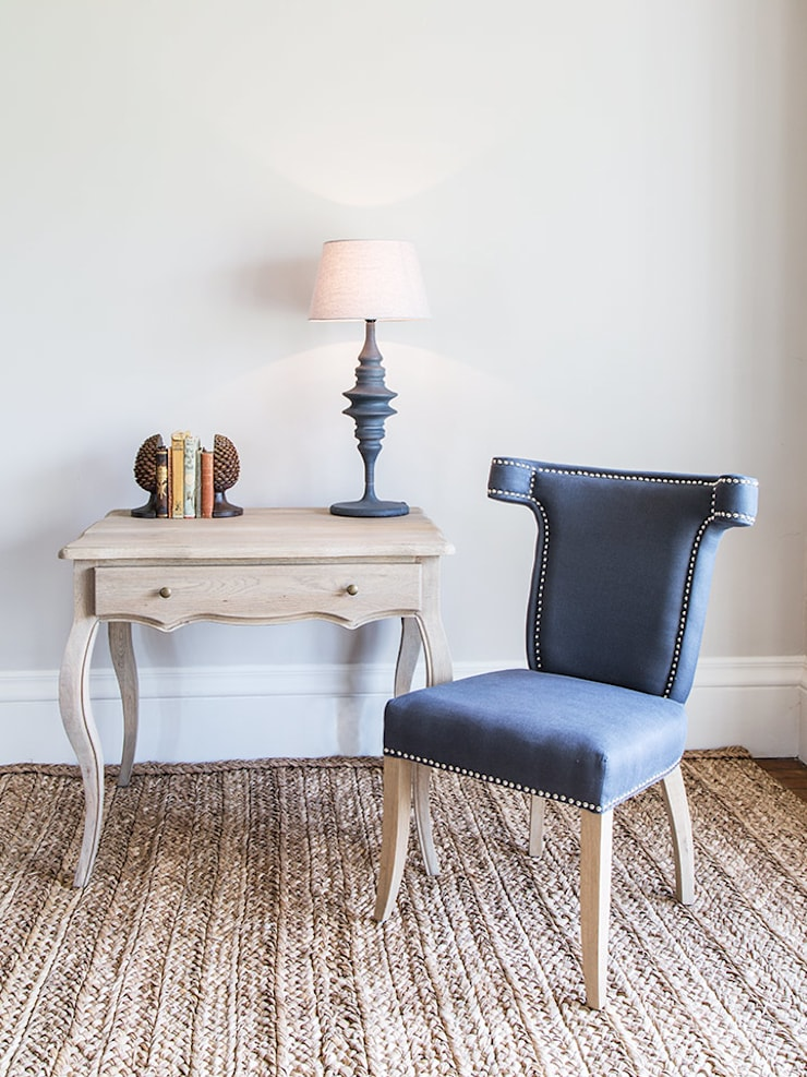 Gallery Dining Chair: classic  by Blue Isle Interiors Ltd, Classic