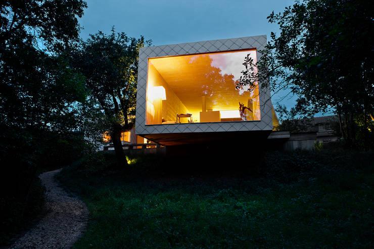 Casas modernas por Thoma Holz GmbH