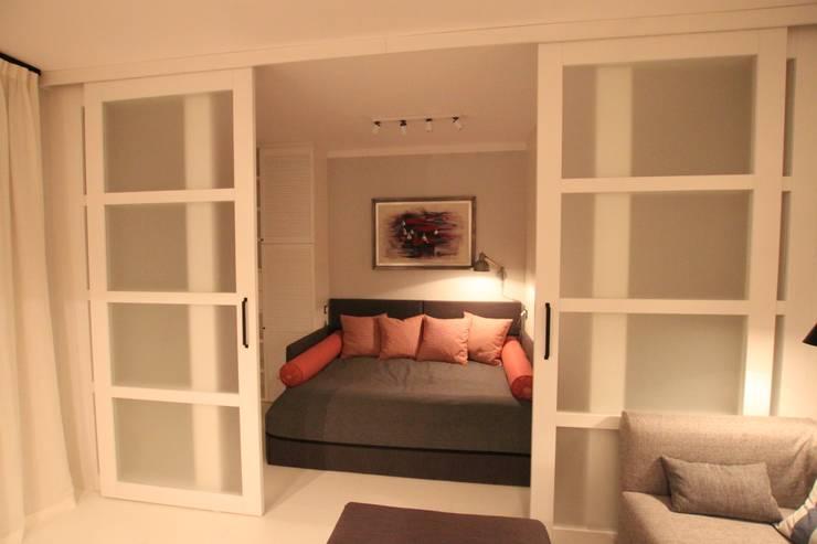 Sypialnia :: ukradziona z salonu: styl , w kategorii Sypialnia zaprojektowany przez Comfort & Style Interiors,Skandynawski