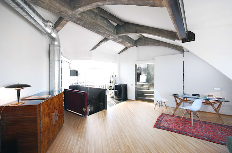 moderne Woonkamer door andrea borri architetti