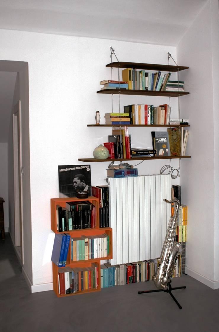 Ingresso: Ingresso & Corridoio in stile  di Aulaquattro, Minimalista