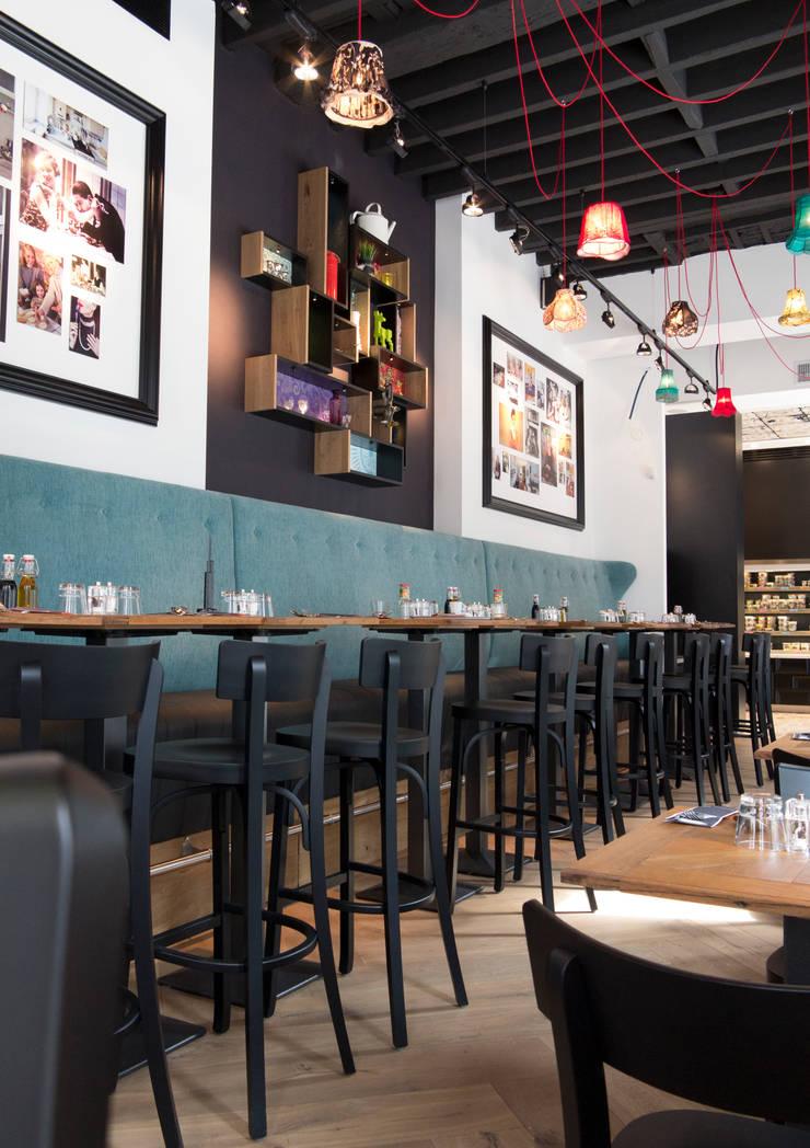 Mange debout et banquette: Restaurants de style  par GUILLAUME DA SILVA ARCHITECTURE INTERIEURE