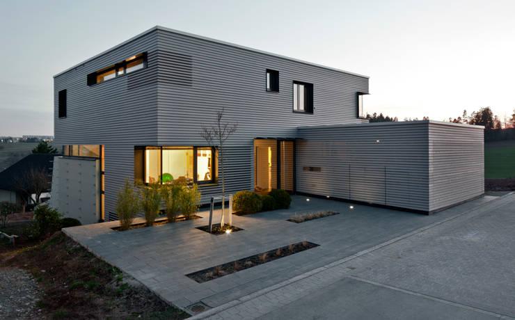 Zugangsbereich:  Häuser von Kauffmann Theilig & Partner, Freie Architekten BDA