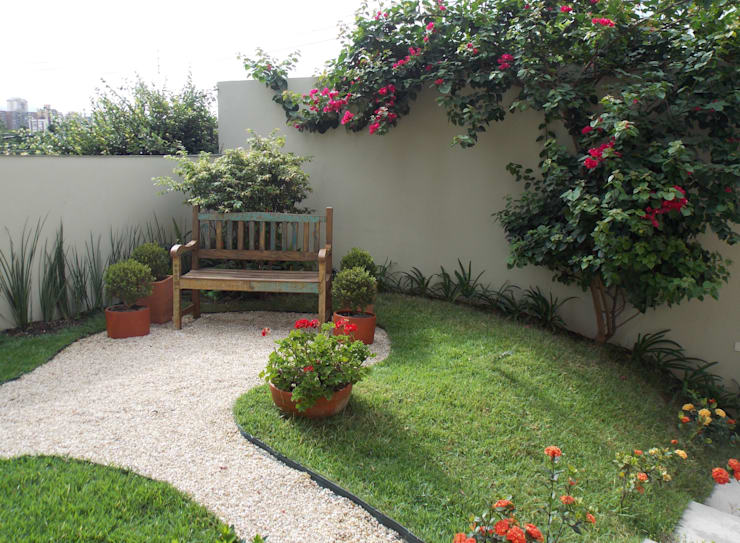Jardines de estilo rústico por Lúcia Vale Interiores