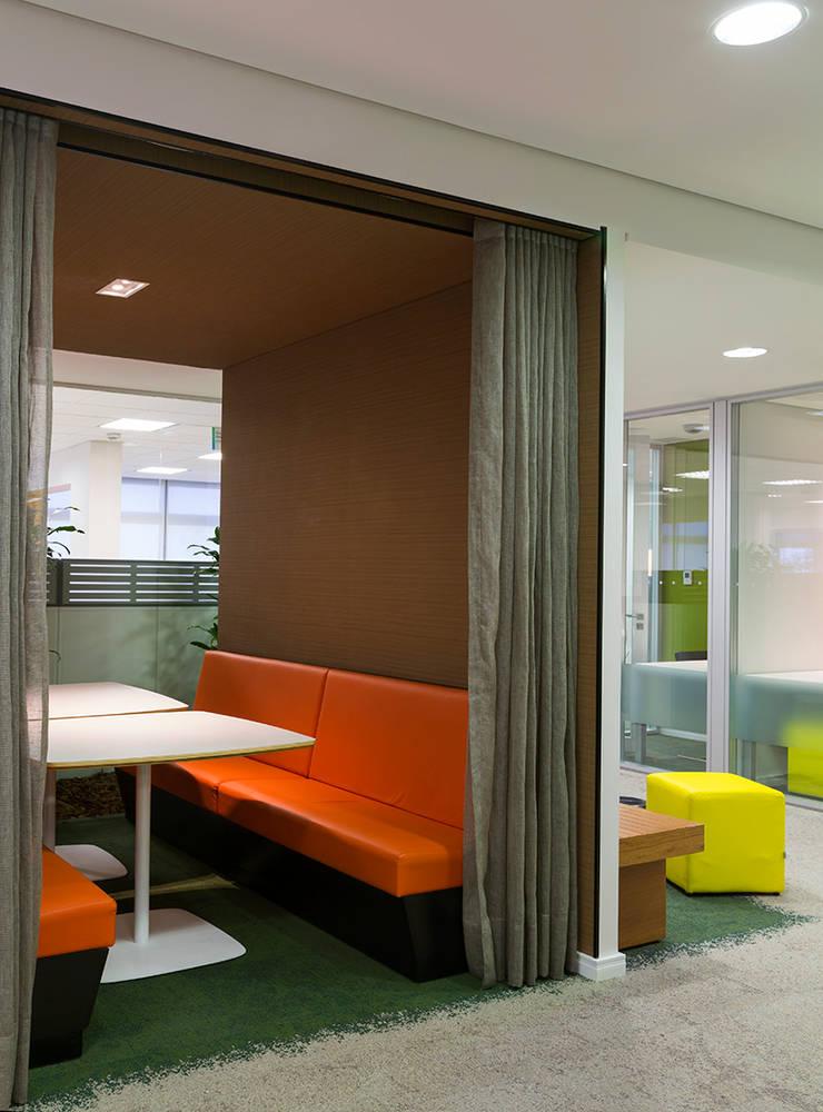Bayer: Escritórios  por MW Arquitetura
