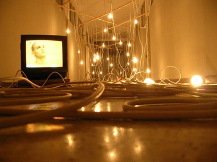 light of freedom 2: Arte in stile  di scalaunoauno