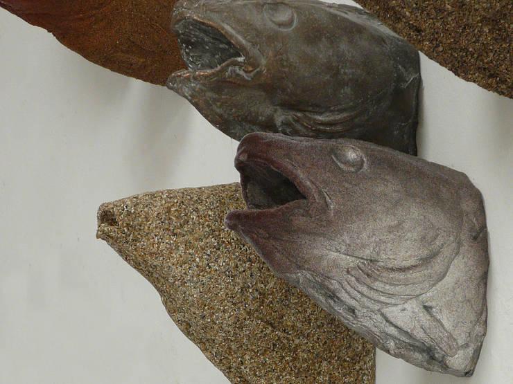 hunting trophies fishes:  Kunst  door Van Dessel en Joosten,