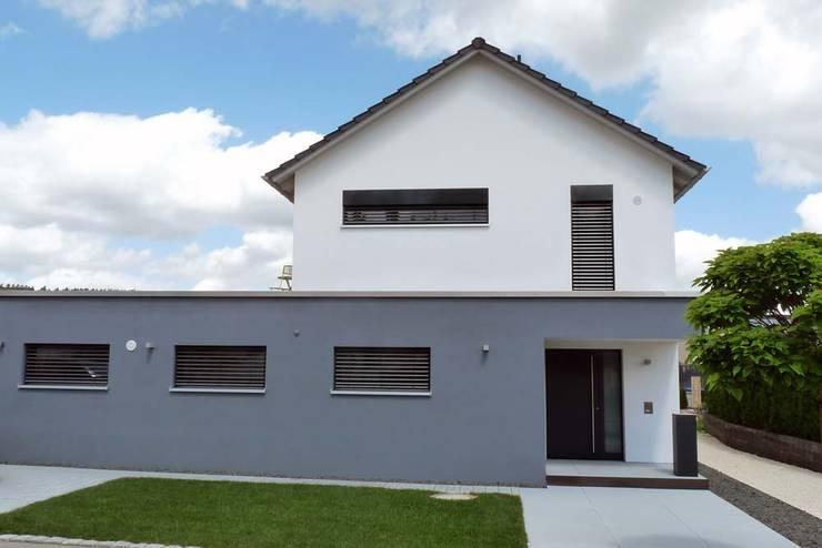 modern Houses by Architekturbüro Arndt
