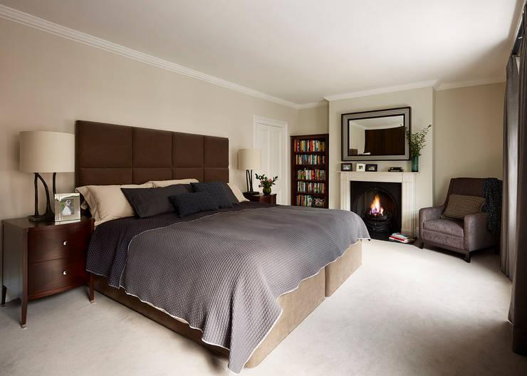 Reflected Glory - Holland Park Renovation:  Bedroom by Tyler Mandic Ltd