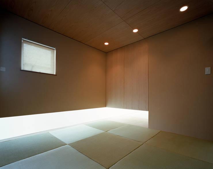 フラッツ5+1: 西島正樹/プライム一級建築士事務所 が手掛けた和室です。,オリジナル