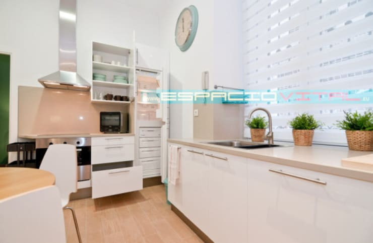Apartamento SkyLine: Cocinas de estilo  de Javier Zamorano Cruz