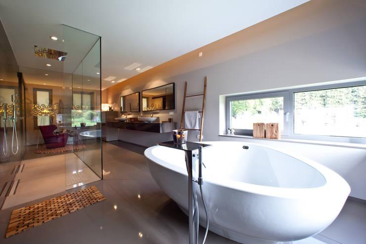 Casas de banho  por Marmor Radermacher