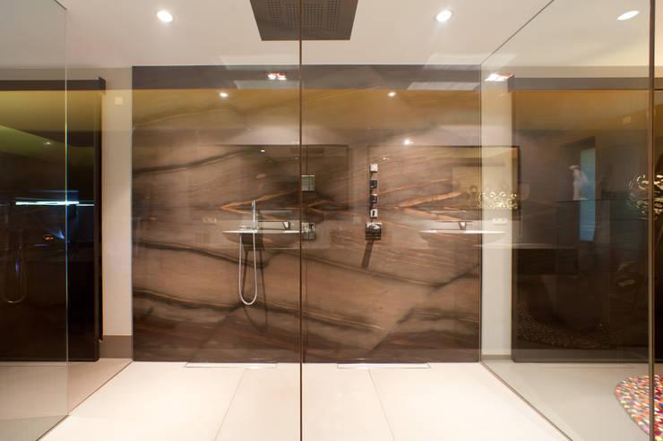 Naturstein Dusche:  Badezimmer von Marmor Radermacher,