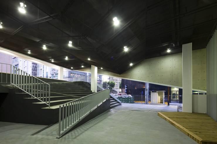 도화 공영주차장 및 복합청사 DOHWA COMMUNITY CENTER : 인터커드 건축사사무소의  사무실