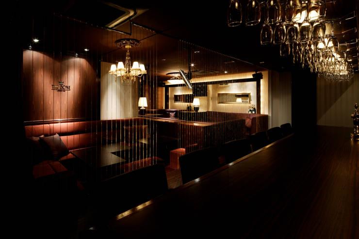 LOUNGE BAR THE ZONE: 谷山武デザイン事務所が手掛けたオフィススペース&店です。