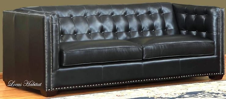 Black Leather Sofa: modern  by Locus Habitat,Modern
