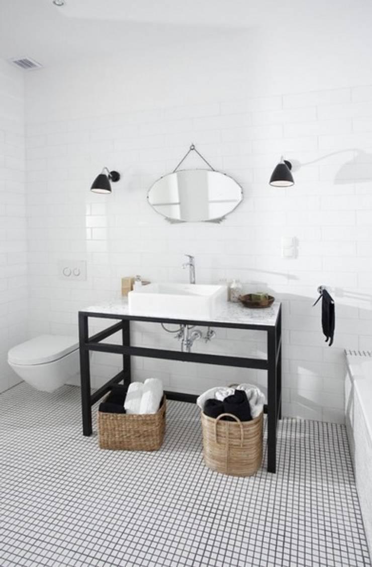 Sin complicaciones : Baños de estilo  de cs
