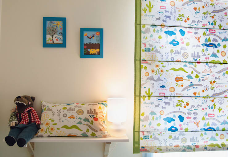 Estores infantiles a medida: Habitaciones infantiles de estilo  de Ulalatela