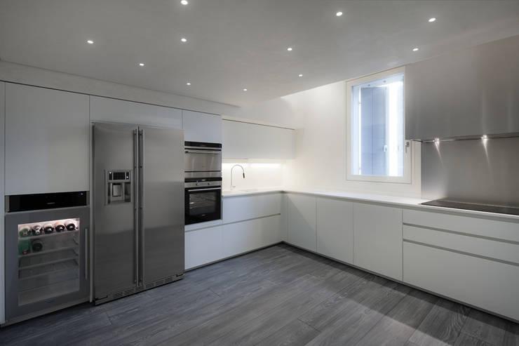 Realizzazione di prestigio : Cucina in stile  di marco19