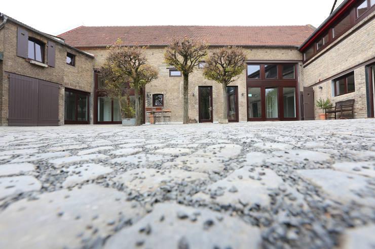 alter Bauernhof:  Häuser von Neugebauer Architekten BDA,Landhaus