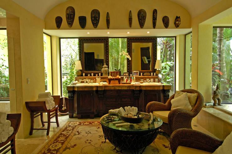 Casa Amore: Spa de estilo  por BR  ARQUITECTOS