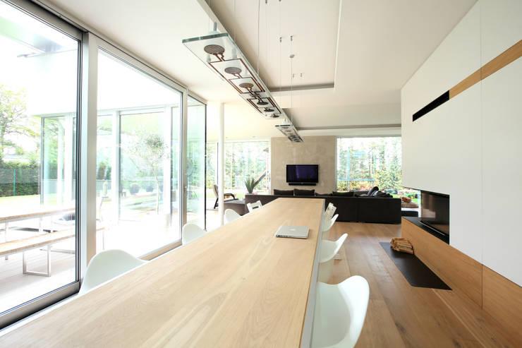 Esszimmer: moderne Esszimmer von Neugebauer Architekten BDA