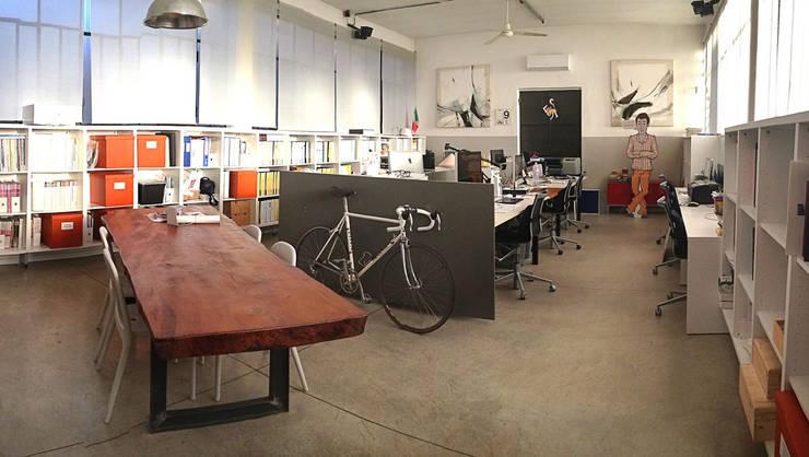 Copertina: Studio in stile  di PoliedroStudio srl