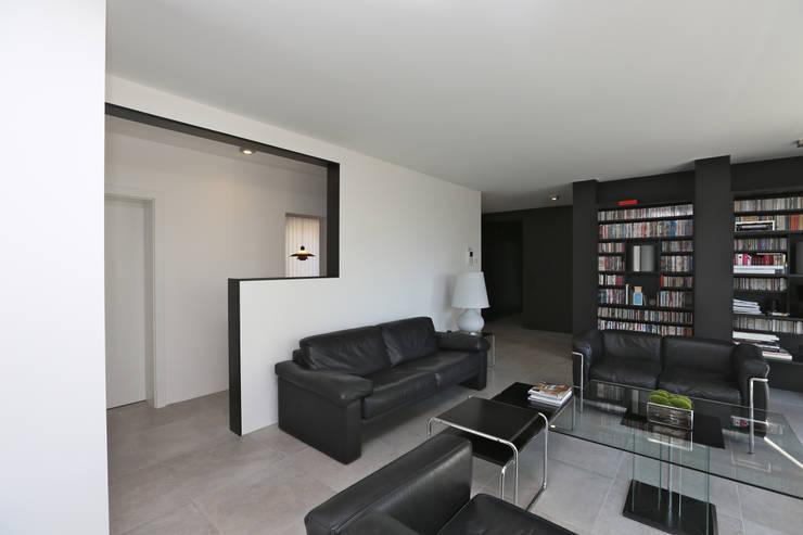 Livings de estilo moderno por Neugebauer Architekten BDA