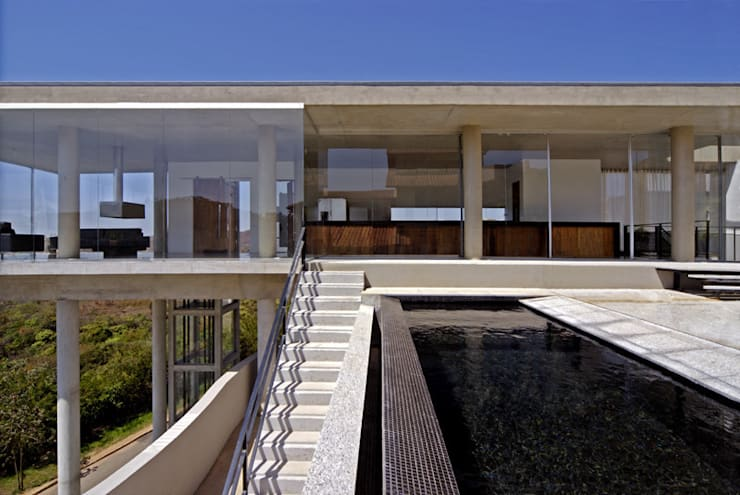 VIsta externa.: Casas  por Humberto Hermeto