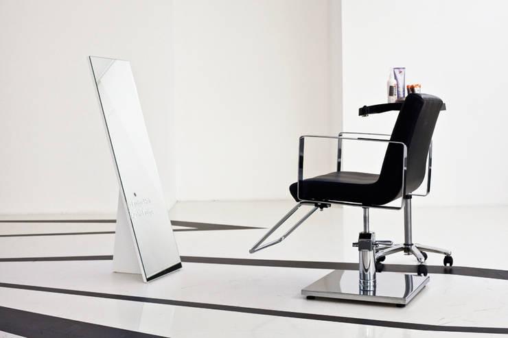 Zaha Hadid Design Gallery:  Multimedia room by Tendeter