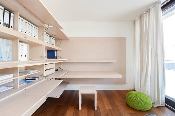 Arbeiten:  Arbeitszimmer von wesenfeld höfer architekten,Minimalistisch